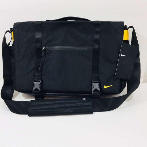 ee88c7ec5645 Nike NSW Eugene Laptop Messenger Bag Black